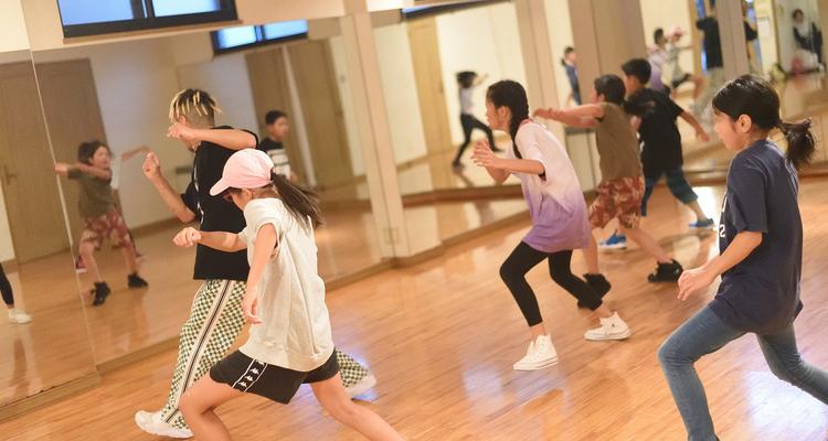 JBAダンススクール スタジオハーモニー