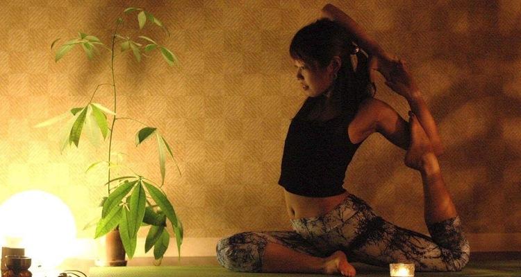 Yoga Studio Yinner bright