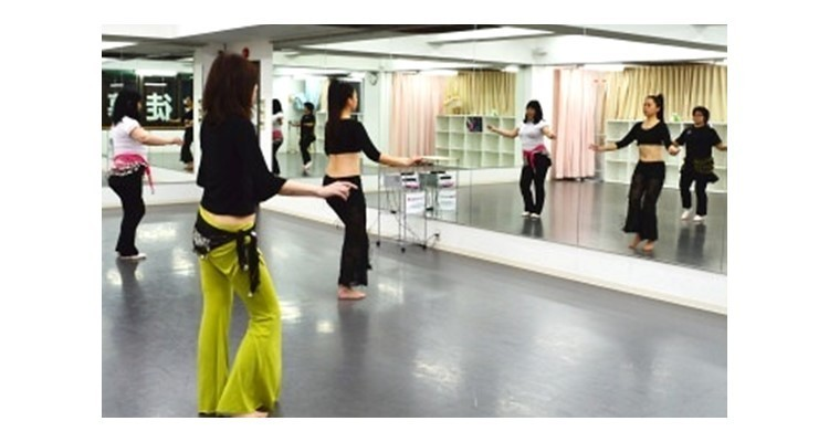 Awalim Belly Dance School Massa 三ノ宮100BAN校の写真5