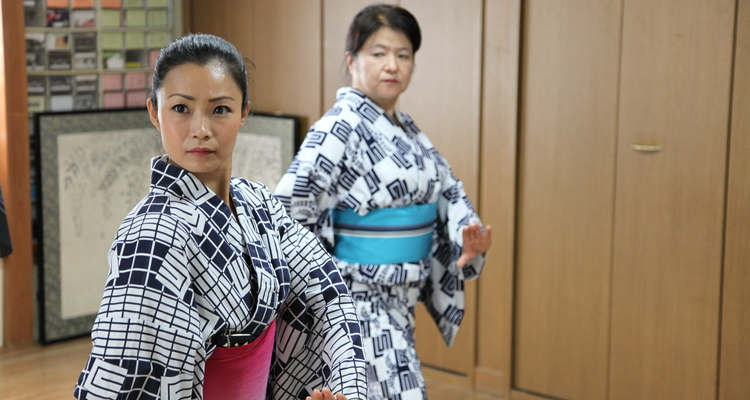 紫派藤間流桜伎会舞踊教室の写真11