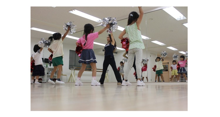 TOMOKO KOJIMA CHEER DANCE ACADEMY 茨木校の写真12
